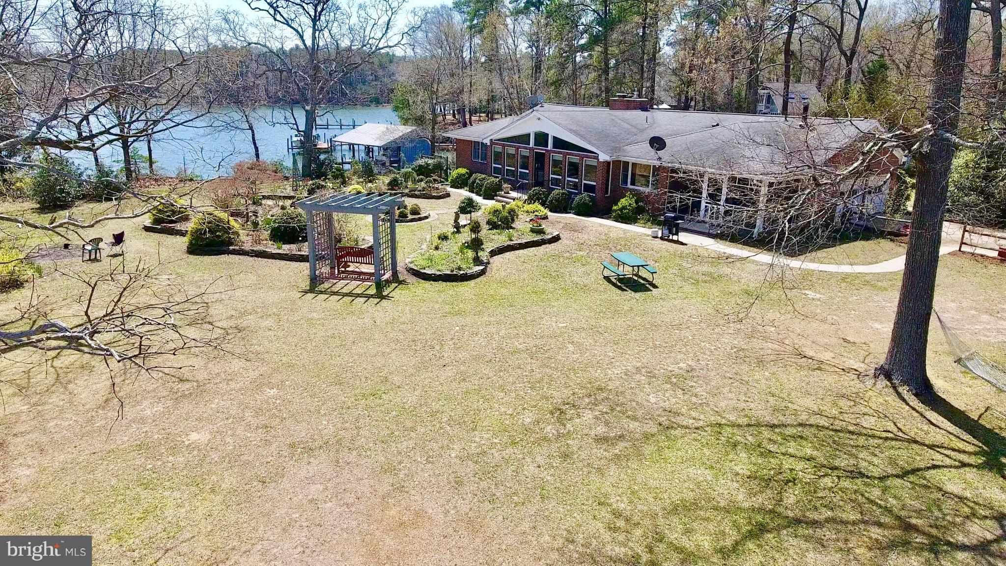 1034 HOLLY HARBOR ROAD, REEDVILLE, VA 22539