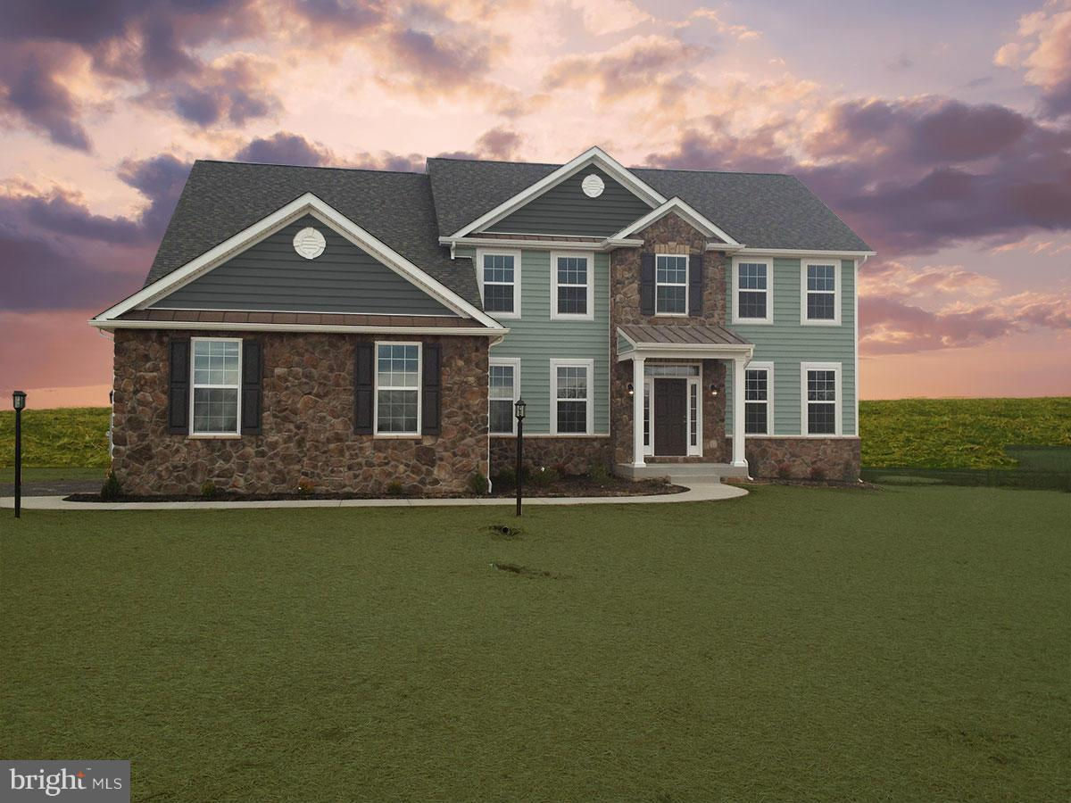 1 STATICE DRIVE, HEDGESVILLE, WV 25427