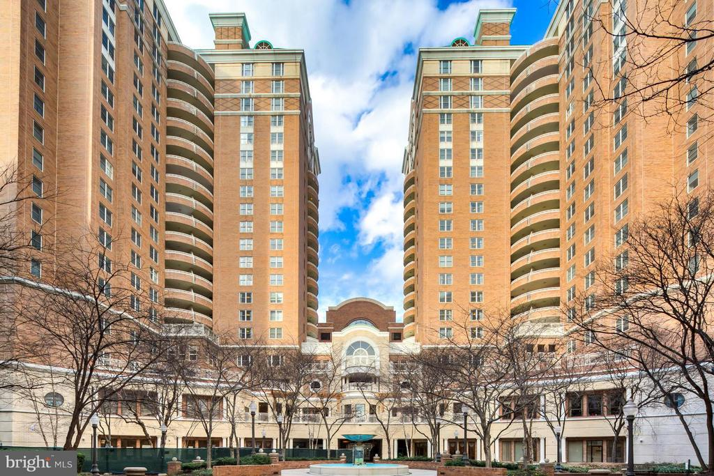 55 + Retirement Community. Beautiful and surprisingly spacious! Amenities fee of $2,793/month includes 30 fine dining meals, weekly housekeeping, weekly linen service, transportation and more. One block from Ballston Metro. Enjoy vibrant activity filled days and wind down in your private lovely condo complete with full kitchen and washer and dryer.