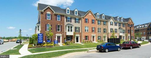 9900 New Pointe, Largo, MD 20774