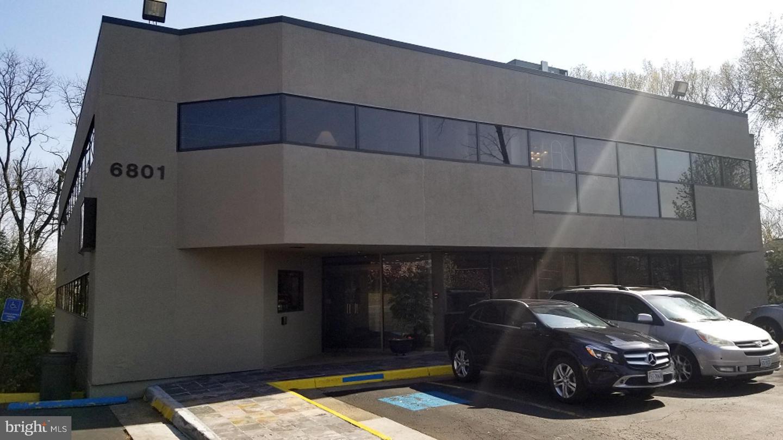 6801 Whittier Avenue Mclean, VA 22101