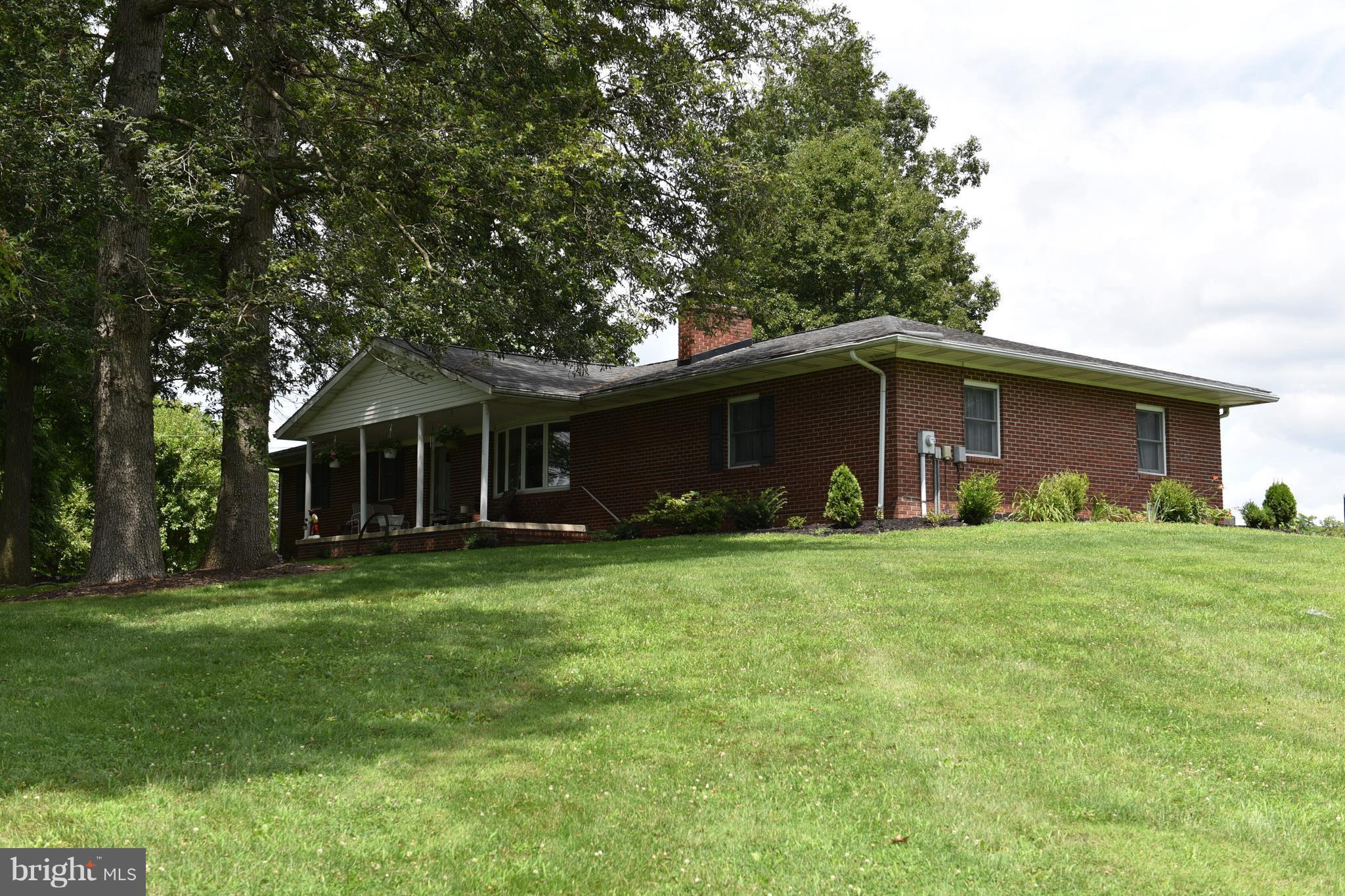 9867 GRINDSTONE HILL ROAD, GREENCASTLE, PA 17225