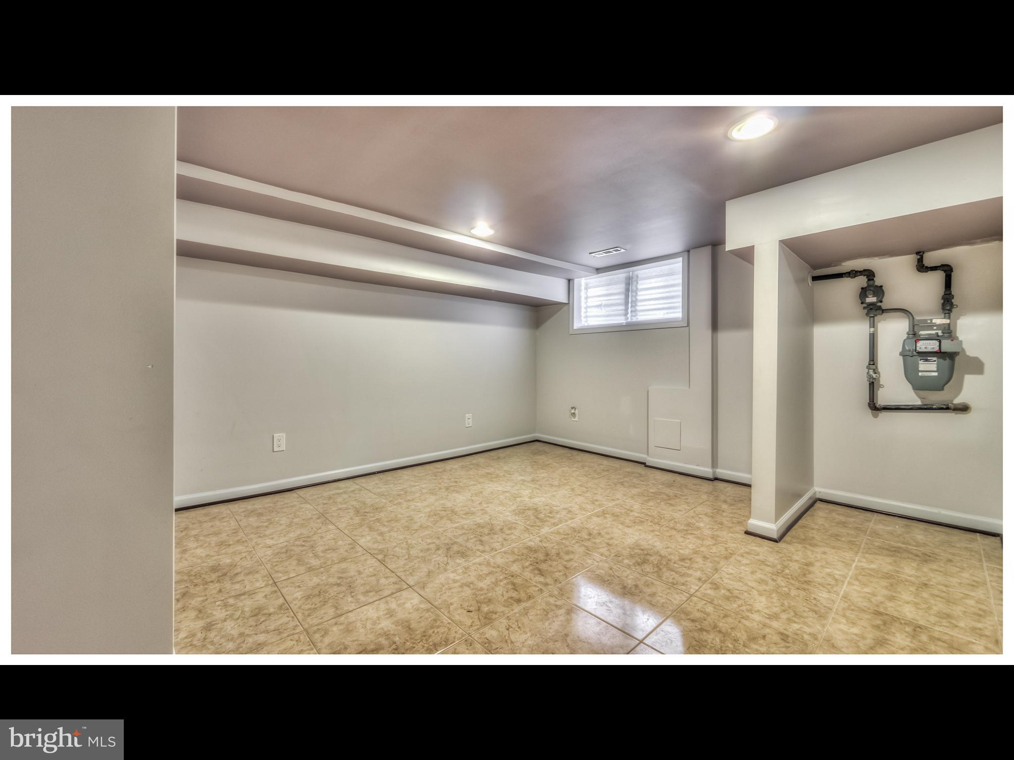 2933 MCELDERRY ST, Baltimore, MD 21205 $139,850 www