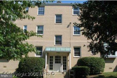 2902 Willston Place  #301 - Fairfax, Virginia 22044