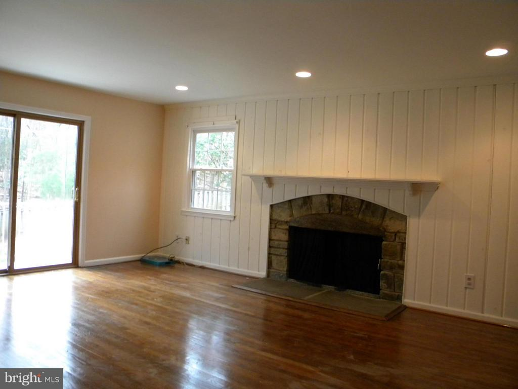 Photo of 1445 Laurel Hill Rd