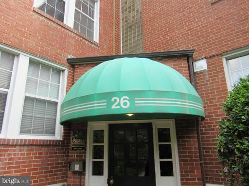 26 Old Glebe Rd S #201, Arlington, VA 22204
