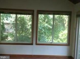Photo of 1041 Warbler Pl