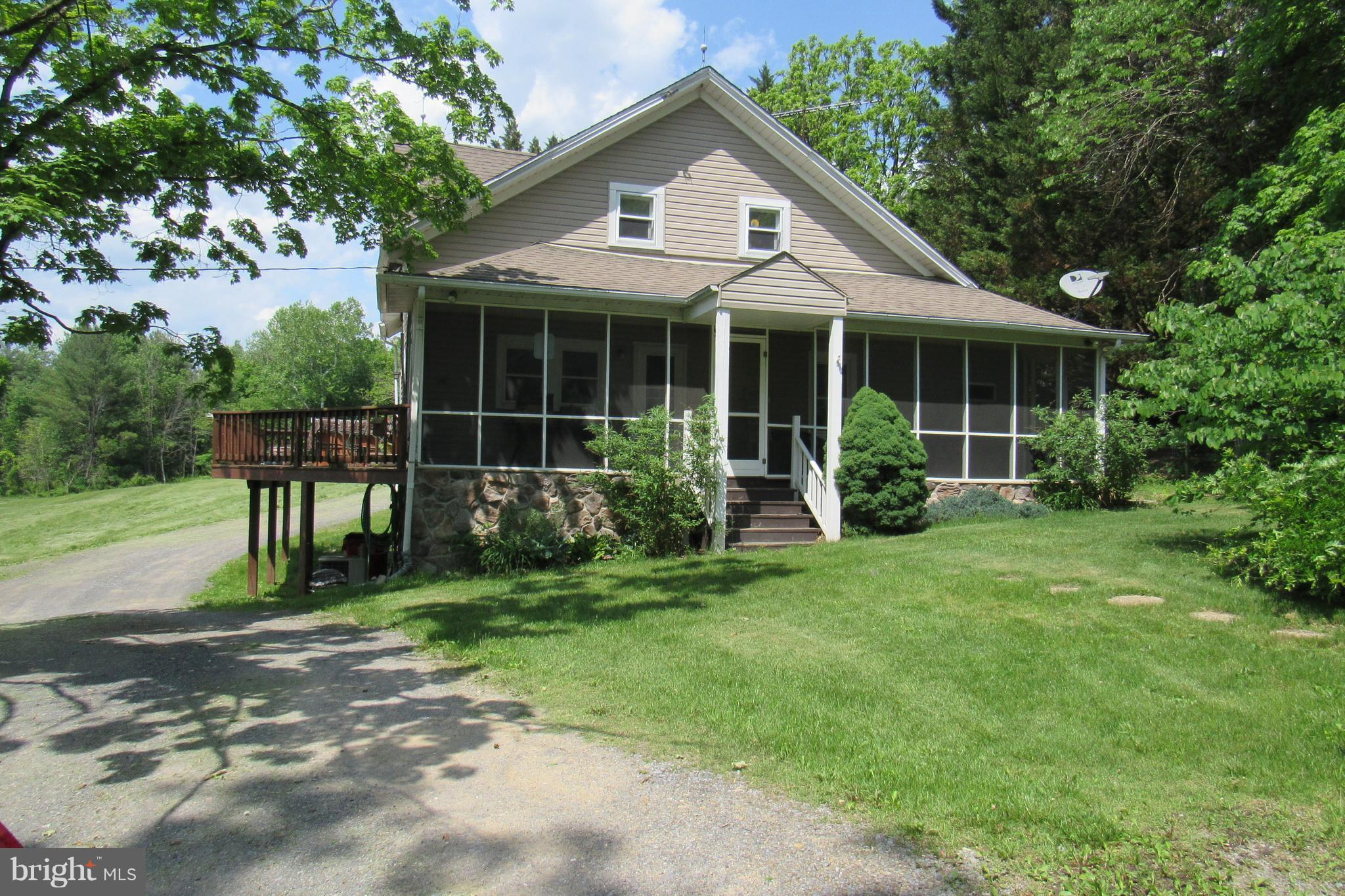 13536 CACAPON ROAD, GREAT CACAPON, WV 25422