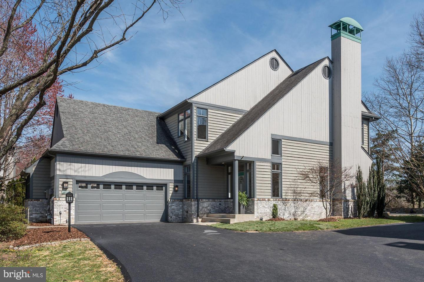 SMASHING 5 BR 4 BA 5,000 FIN SQ FT GULICK HOME UPGRADED W/ HIGH END  FINISHES U0026 AMAZING DESIGN ELEMENTS*FABULOUS OPEN FLOOR PLAN**STATE OF THE  ART KITCHEN ...