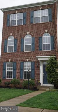15892 Mackenzie Manor, Haymarket, VA 20169