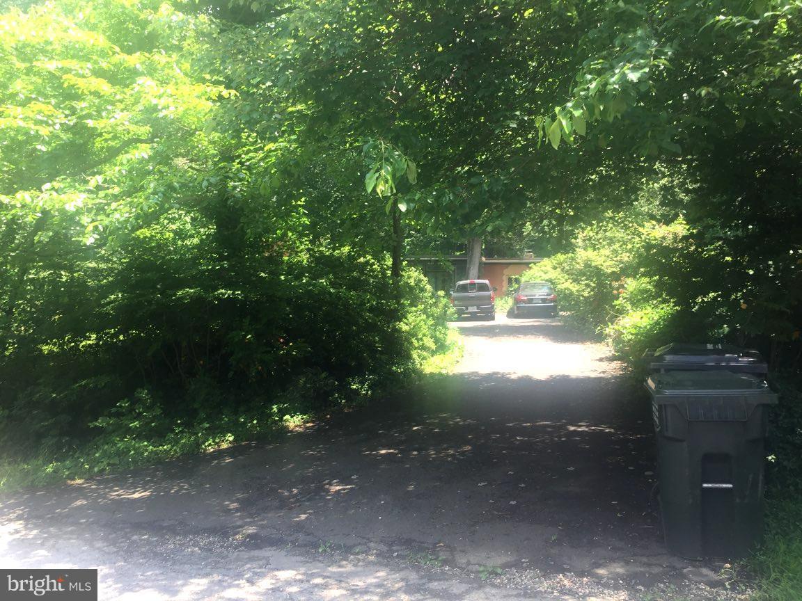 3305 Highland Lane Fairfax, VA 22031