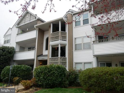 7702 Lafayette Forest Dr #21