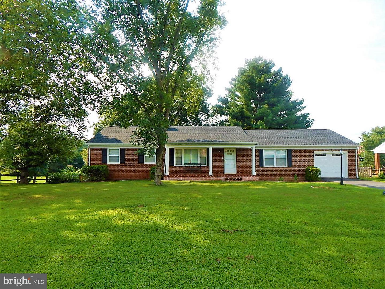 365 Willow Lawn Drive Culpeper, VA 22701