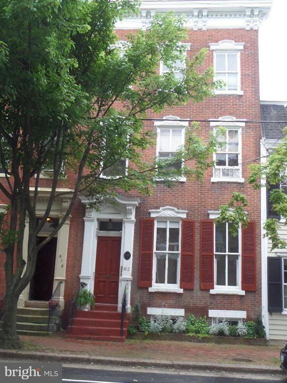 Photo of 812 Prince St #2