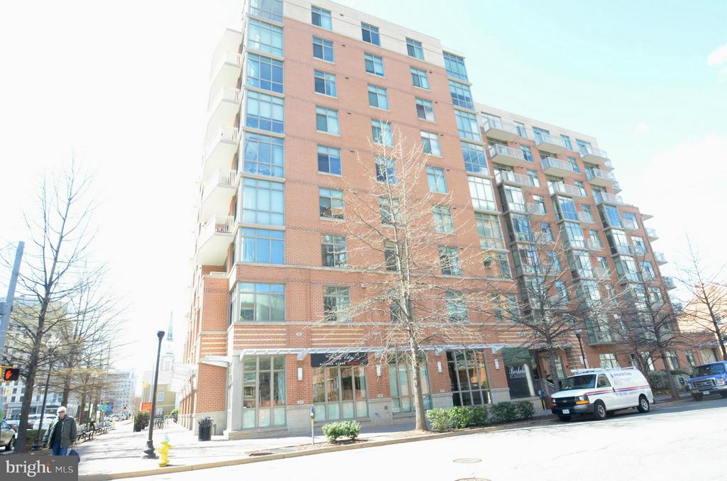 RARE COURTYARD VIEW WITH BALCONY- Light filled FLOOR TO CEILING windows facing West. Granite counters, wood floors. GARAGE PARKING, FITNESS CENTER, SECURE BUILDING - This HIGH END CONDOMINIUM IS BETWEEN 2 METRO STOPS - only blocks away!  Quick Walk!  Professionally managed.