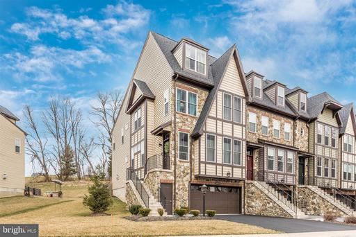 6957 Country Club, New Market, MD 21774