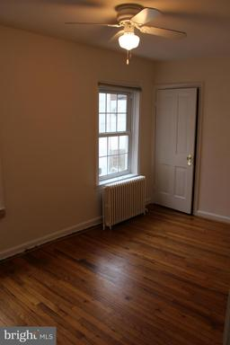 1305 King St #2nd Floor