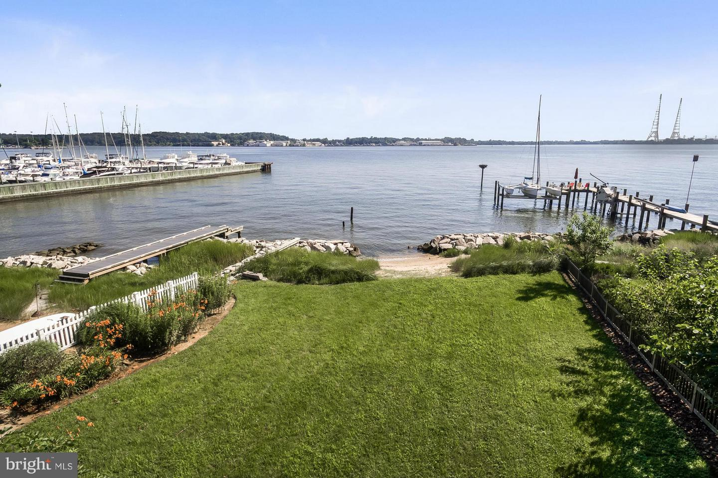517 Horn Point Dr Annapolis MD 21403