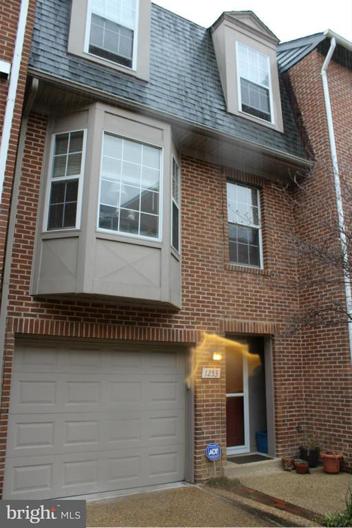 This 3 level townhouse is 1 block from Braddock Rd. Metro and offers 2 master bedroom suites each with a full bath, updated open kitchen with breakfast bar, stainless appliances and granite countertops, a first floor family room, rear patio and a 1 car garage!