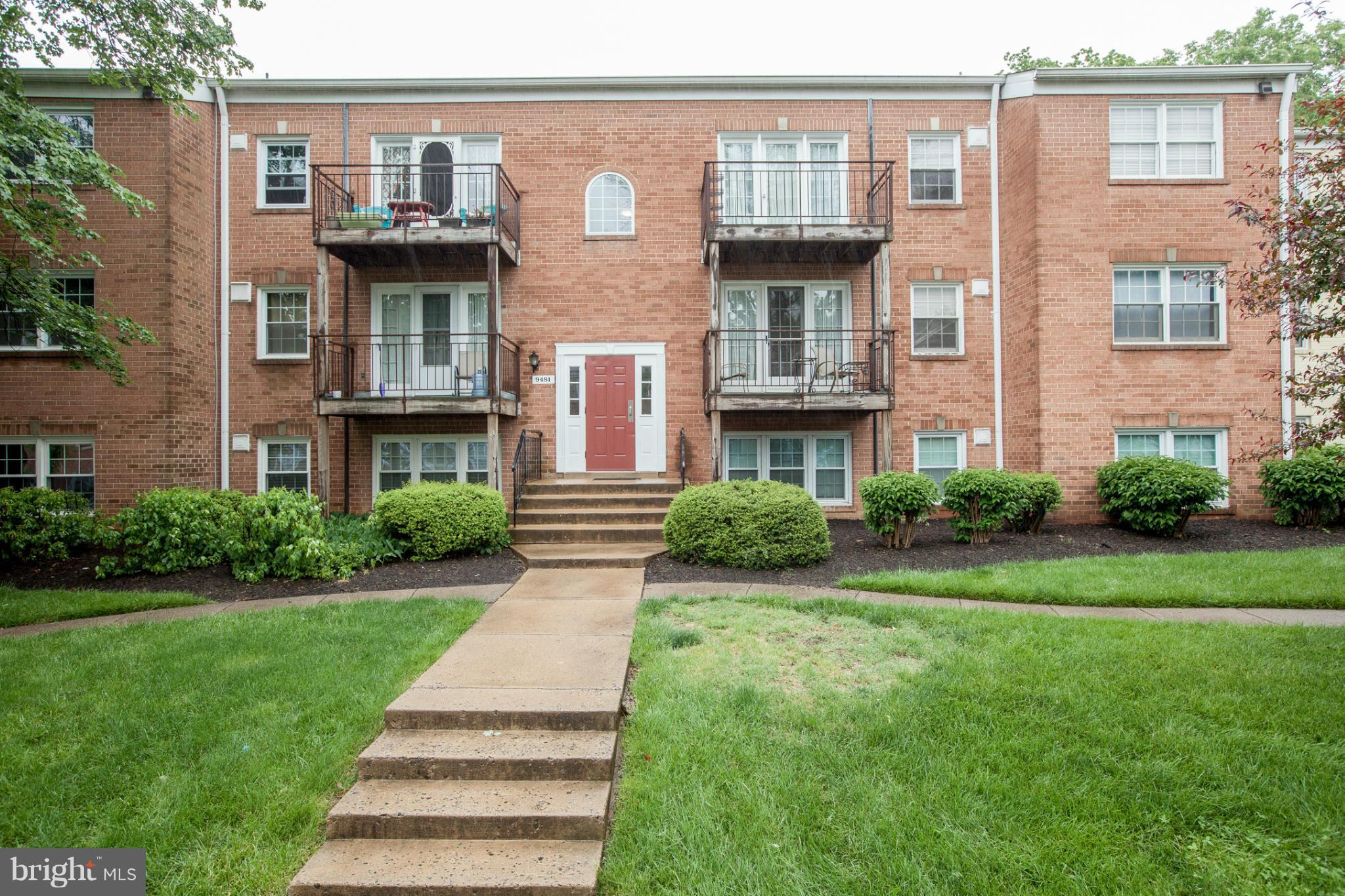 Totally renovated 1BR/1BA condo in Foxcroft Colony!Just off Rt 50 at Fairfax Circle, conveniently located gem features spacious LR+DR w brand new faux wood floors!Renovated kitchen w granite+ SS apps.The BR comes loaded w brand new carpet +spacious closet w updated hall bath.All utilities included in condo fee.Foxcroft amenities=pool,3 playgrounds, tennis. OPEN SAT 2-4 and SUN 1-4!