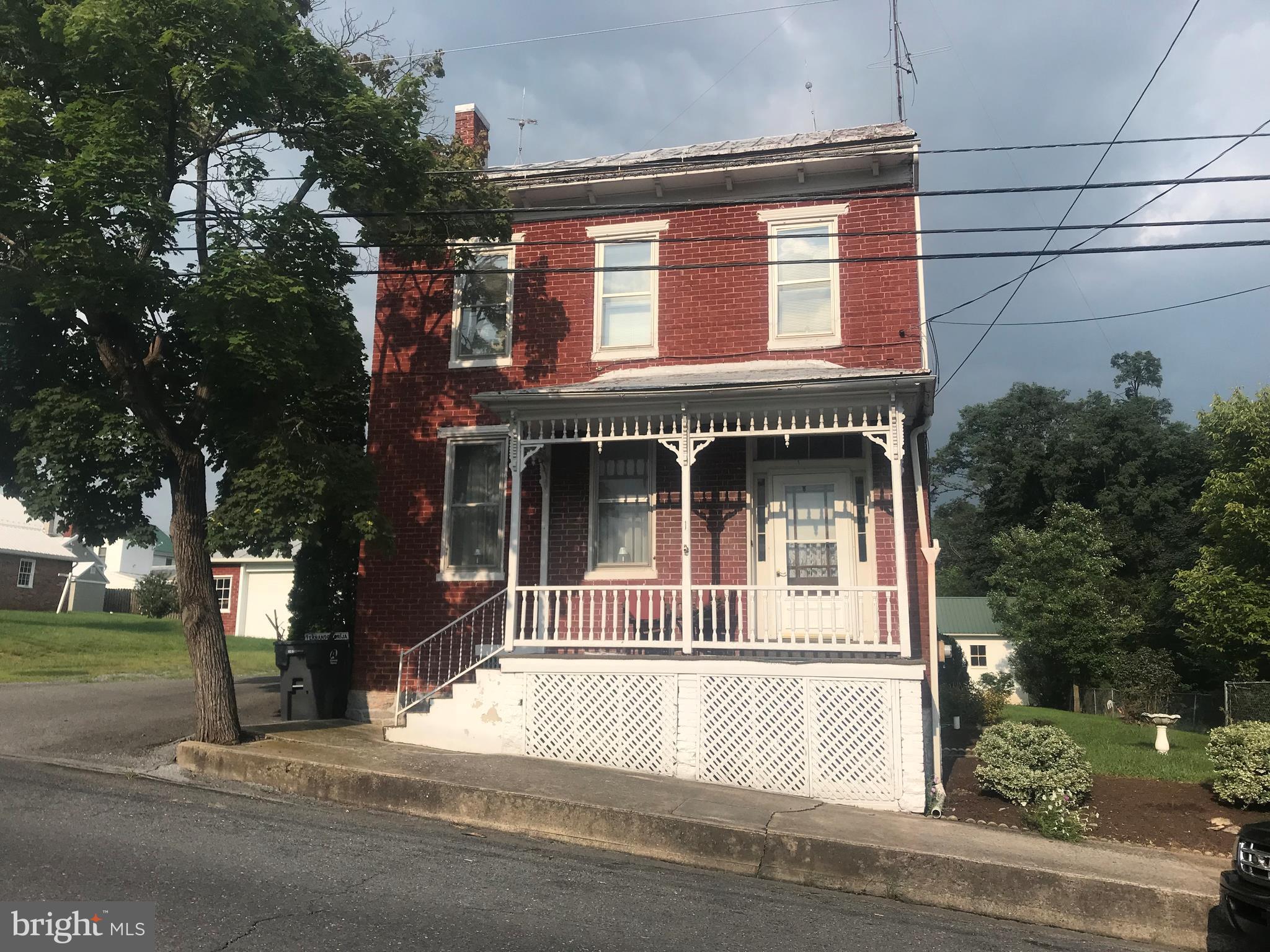 1 HIGH STREET S, NEWBURG, PA 17240