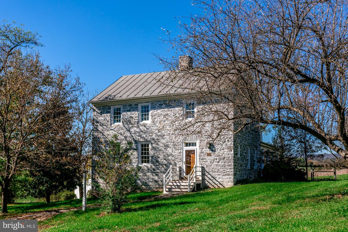 4713 WENGERS MILL ROAD, LINVILLE, VA 22834