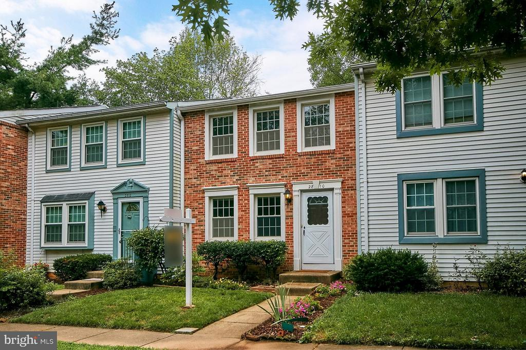2810 PRINCE ALBERT COURT, FALLS CHURCH, FAIRFAX CO , VA 22042
