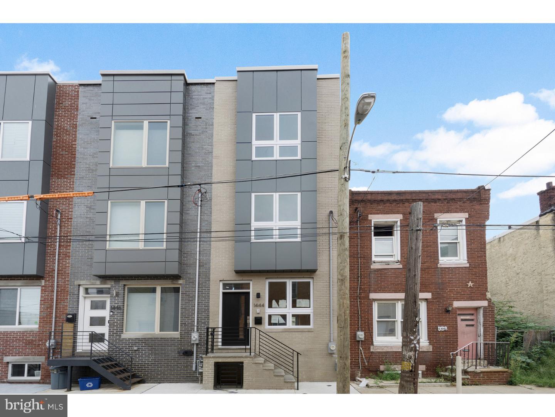 1444 S Taylor Street Philadelphia, PA 19146