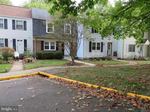 3143 Ellenwood Dr, Fairfax, VA 22031