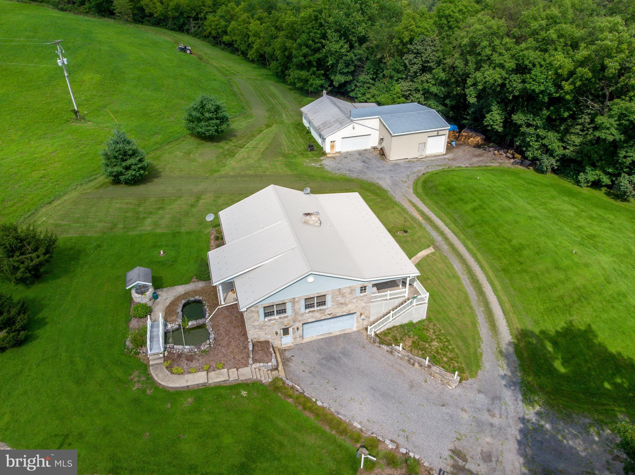 8950 PATH VALLEY ROAD, FANNETTSBURG, PA 17221