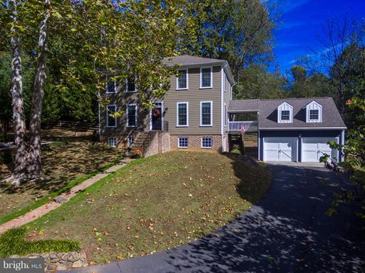 35330 Scotland Heights, Round Hill, VA 20141