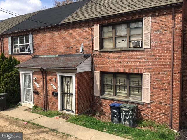 Rehab Ready!  3 bedroom Federal located in booming Deanwood 1 block from metro bus ready for your design and finish ideas. Home offers central air condition, a sun filled southern exposure, and separate dining room. Sold As-Is.
