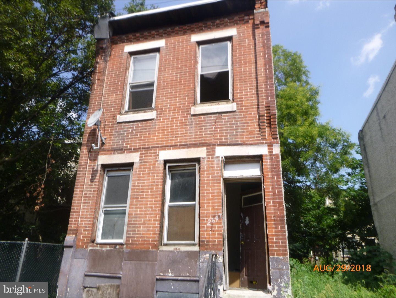 2647 Earp Street Philadelphia, PA 19146