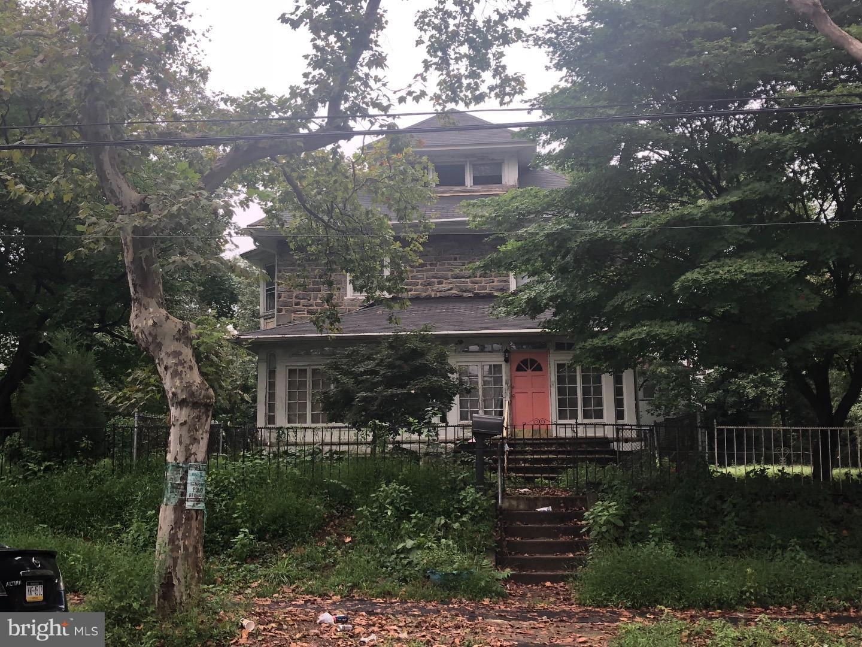 5303 Gainor Road Philadelphia , PA 19131