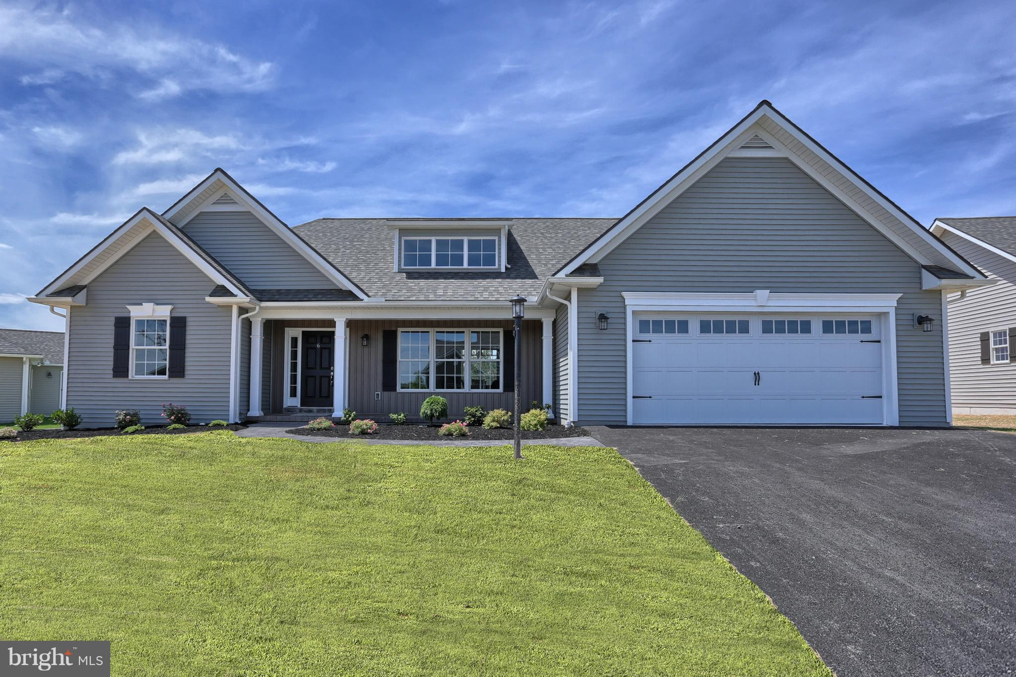 6 PARK VIEW DRIVE, MYERSTOWN, PA 17067
