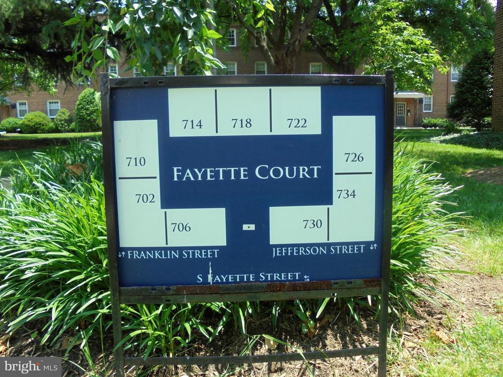 718 Fayette St #31, Alexandria, VA 22314
