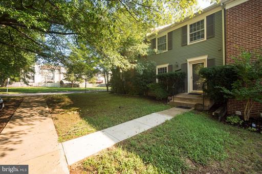 9962 Wood Wren, Fairfax, VA 22032