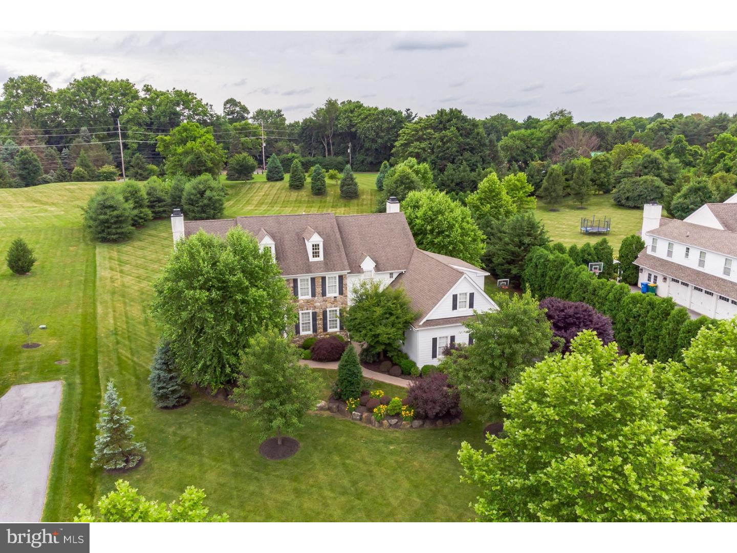 1036 Brick House Farm Lane Newtown Square, PA 19073