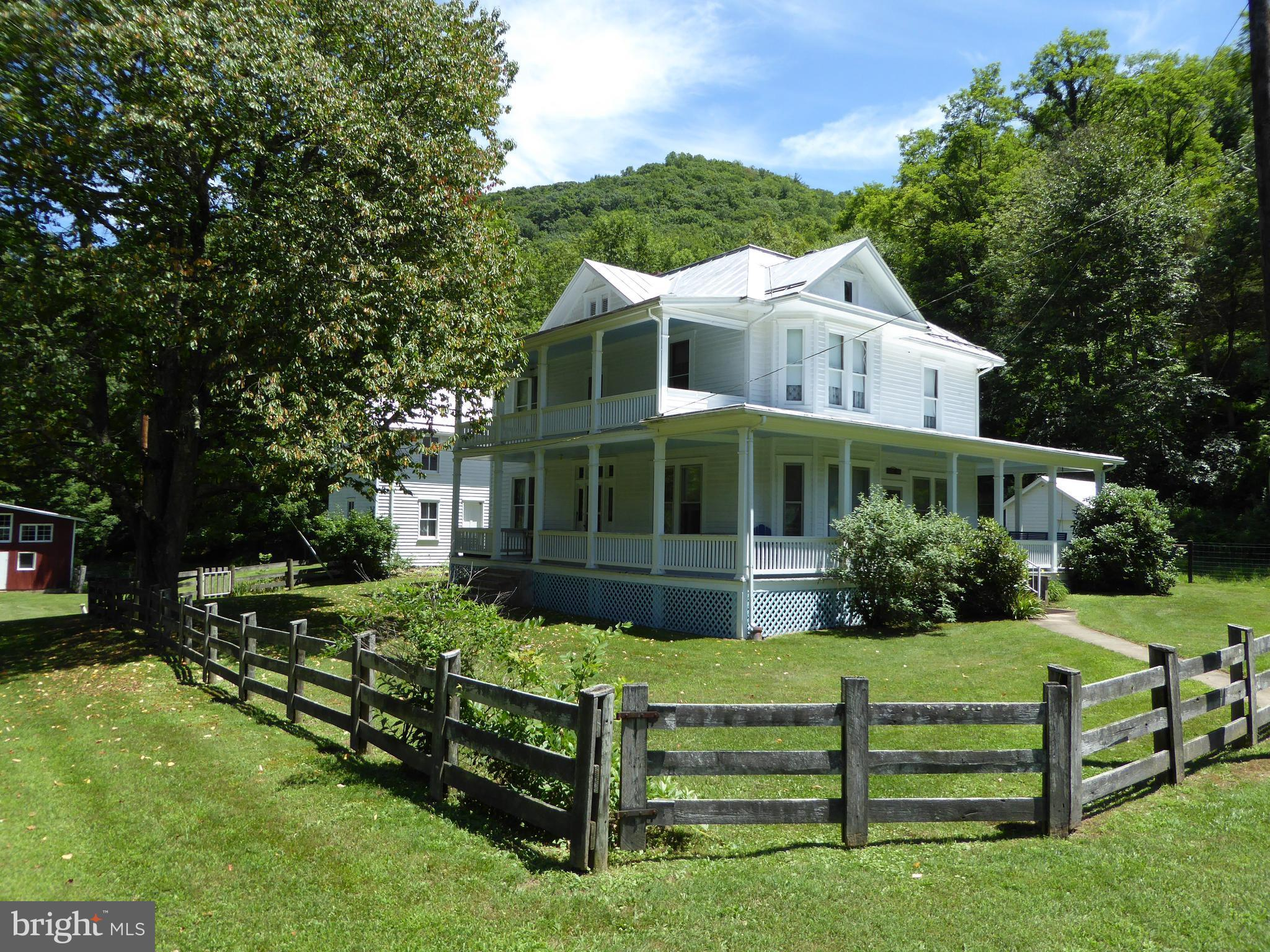 3593 SMITH CREEK ROAD, FRANKLIN, WV 26807