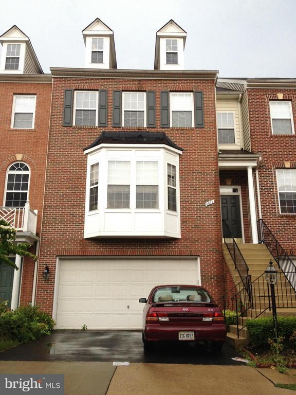 8853 MODANO PLACE, FAIRFAX, Virginia 22031, 3 Bedrooms Bedrooms, ,3 BathroomsBathrooms,Residential Lease,For Rent,MODANO,VAFX1120502
