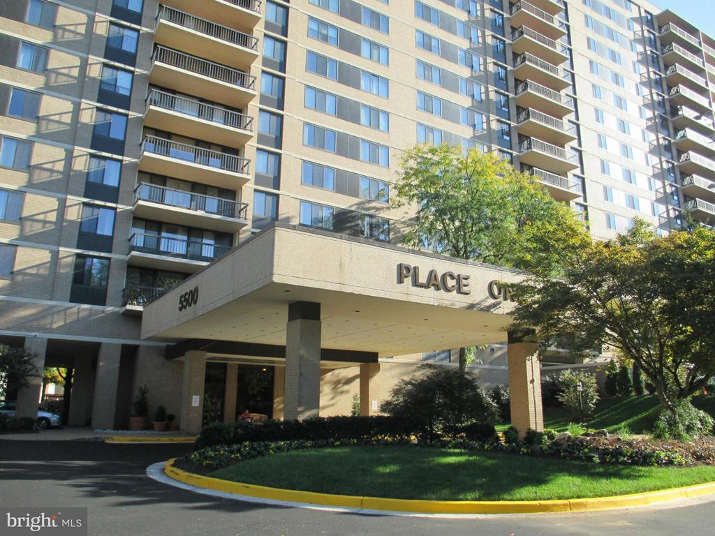 Photo of 5500 Holmes Run Pkwy #1608