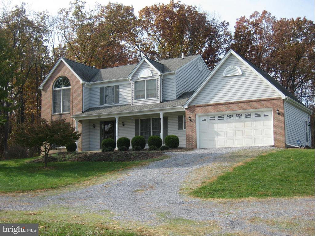 2109 SOUTH CHILDS ROAD, KEARNEYSVILLE, WV 25430