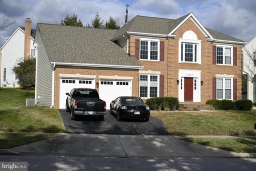 11415 Potomac Oaks Dr, Rockville, MD 20850