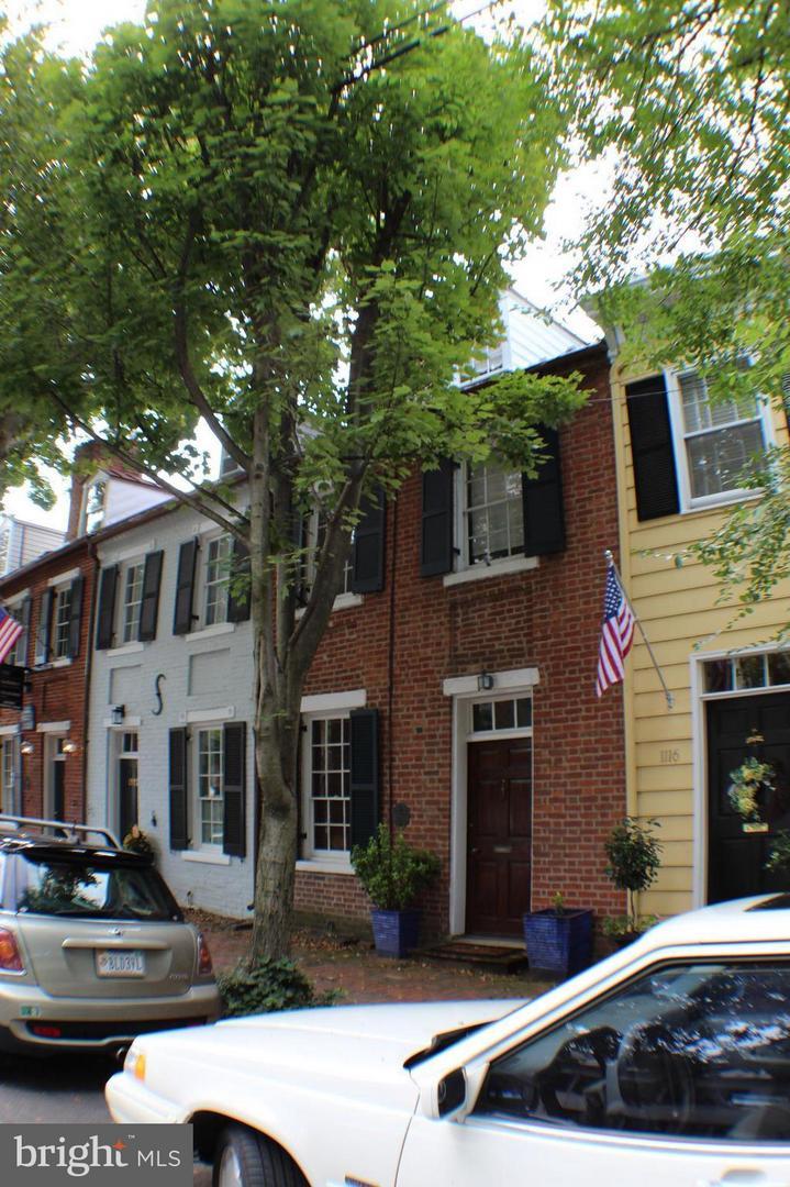 1114 Prince Street   - Alexandria City, Virginia 22314