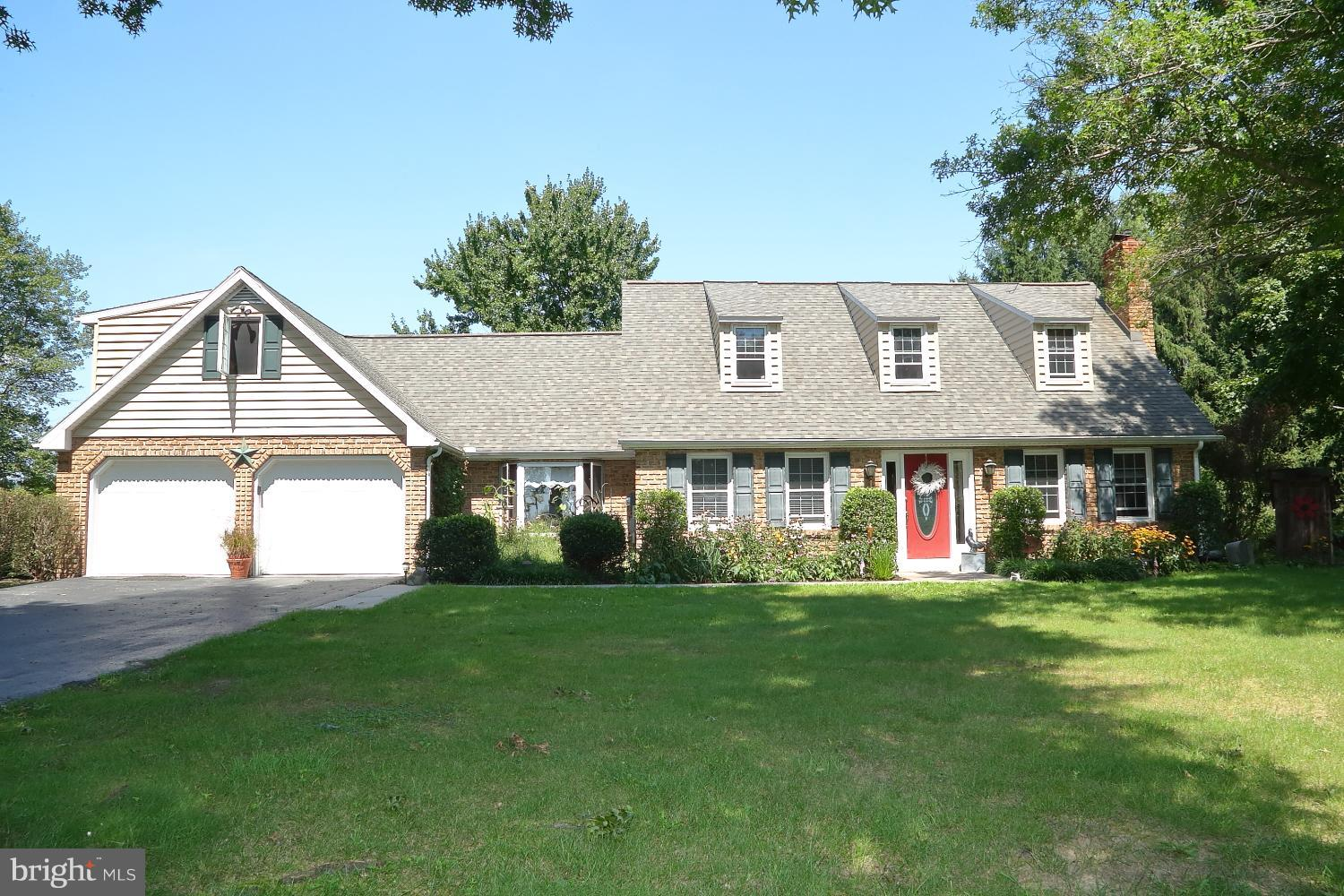 1400 CIDER PRESS ROAD, MANHEIM, PA 17545