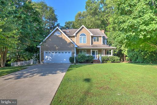 11 Londonderry, Easton, MD 21601