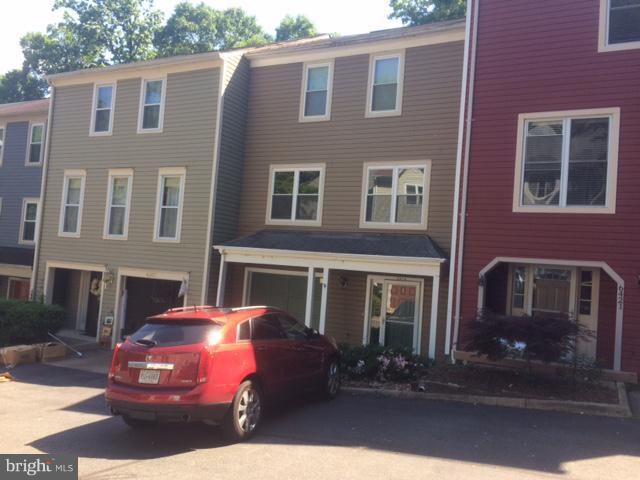 This beautiful rental property is close to everything. Easy commute to DC and Northern Virginia. The first level is finished with own full bathroom and walk out to the back patio. Newer appliances and fixtures. Backs to a quiet wooded area. This won't last long at this price.