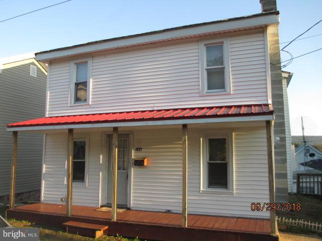 306 E COLLIERY AVENUE, TOWER CITY, PA 17980
