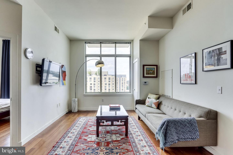 1000 New Jersey Ave Se #penthouse 10 Washington DC 20003