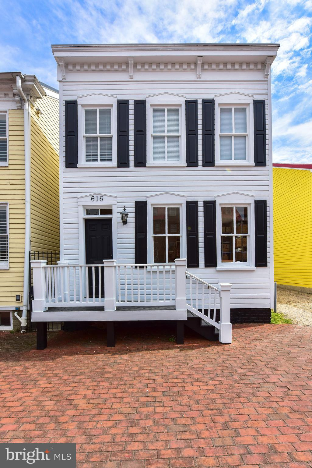 LOCATED IN THE HEART OF OLD TOWN, THIS BRIGHT AND SUNNY FREE-STANDING TH CAN SERVE AS AN OFFICE OR A HOME OR A COMBINATION THEREOF. THE DEEP LOT OFFERS 6 OFF-STREET PARKING SPACES. THE LOT PROVIDES EXCELLENT EXPANSION POTENTIAL. EASY COMMUTE TO 495, METRO AND DOWNTOWN WASHINGTON.